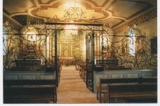 Cette chapelle est incluse dans la basilique Notre-Dame; elle est située en face de la jetée des Marins (une des trois jetées qui avancent dans le Bassin) face à la croix des marins qui la précède.