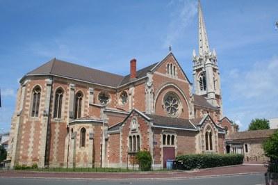 La Basilique Notre-Dame est l'église mère d'Arcachon